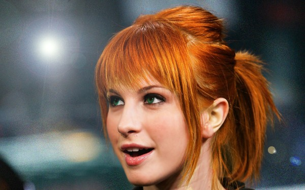 Hayley-Williams Natural